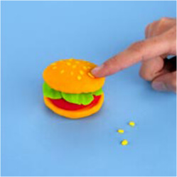 play-doh how to make a pretend hamburger