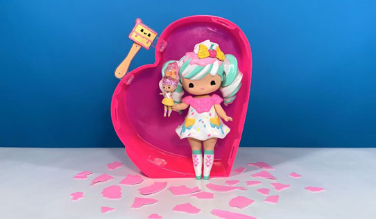 Secret Crush Surprise Doll toy review