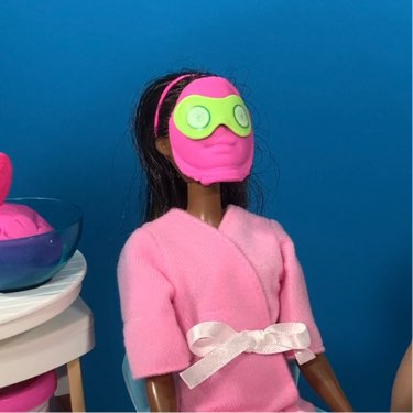 barbie face mask day spa playset