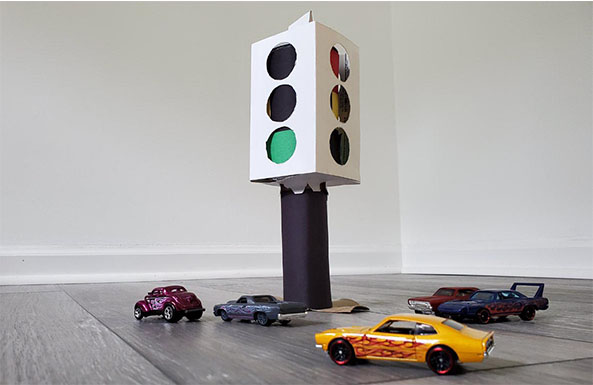 traffic light diy activity for kids